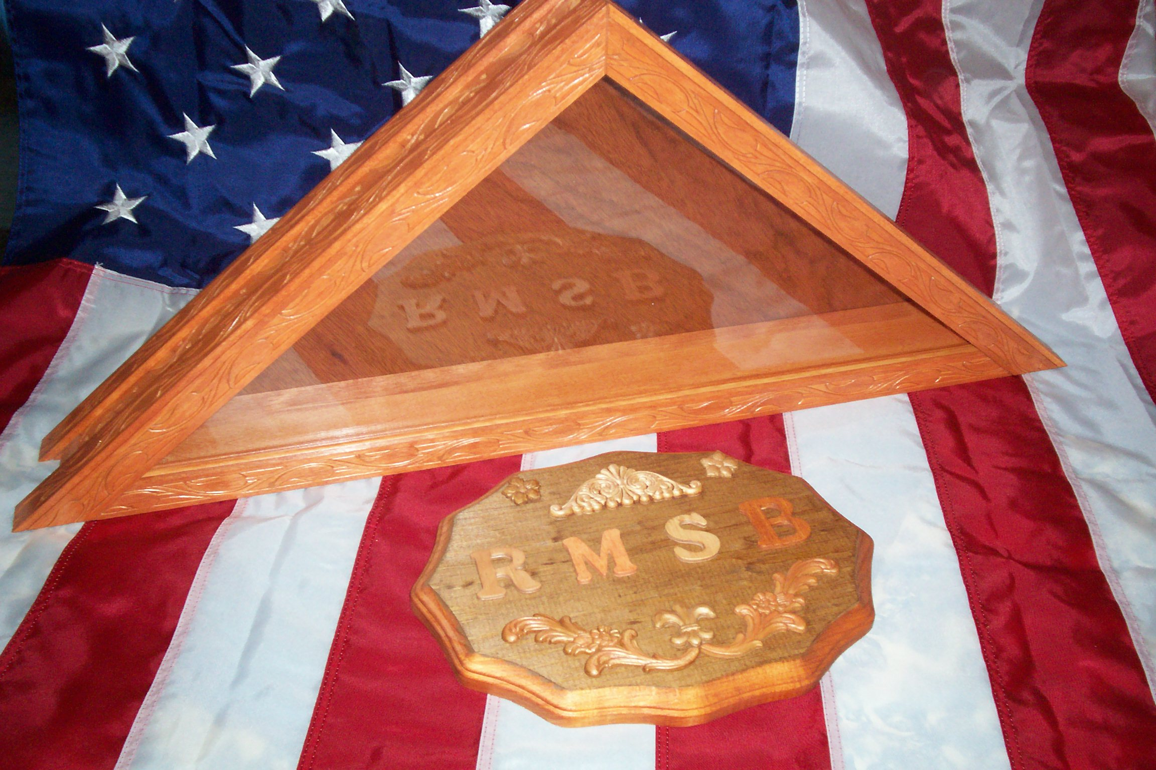 Burial flag display cases, shadow boxes and certificate - photo ...